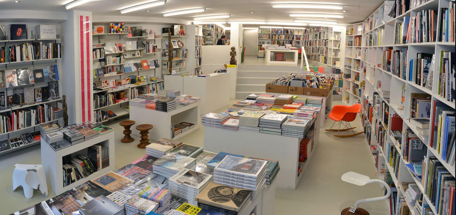 Motta Art Books – © Hannah van Herk